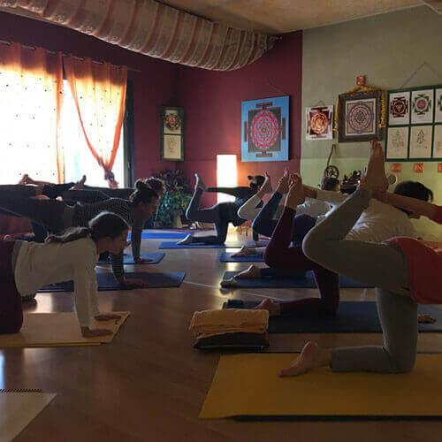Corsi e orari di yoga a Desenzano del Garda